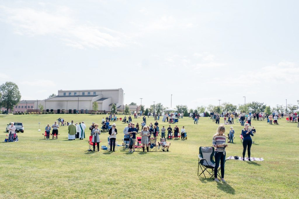Outdoor Mass at 11am on Sunday!